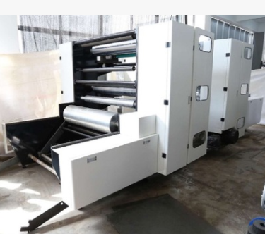 JCJZ 三色机组式高速高清柔版印刷机 科赛套色系统 日本三菱控制