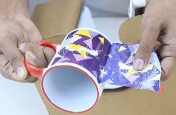 厉害了! 用纸板制作马克杯印刷机