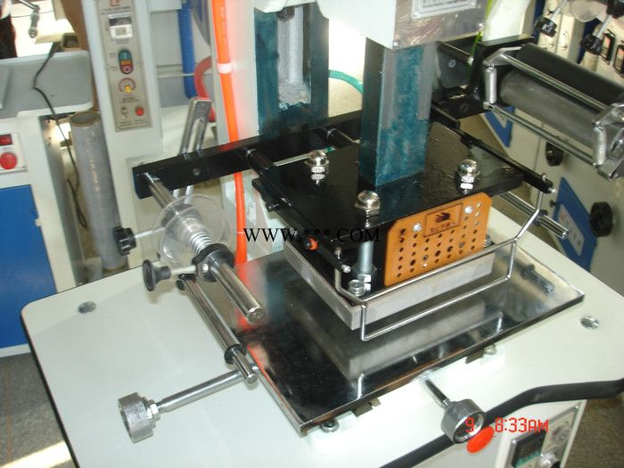 生产定做LZ-90-8型气动烫金机 用于皮革、纸张、烫金 压